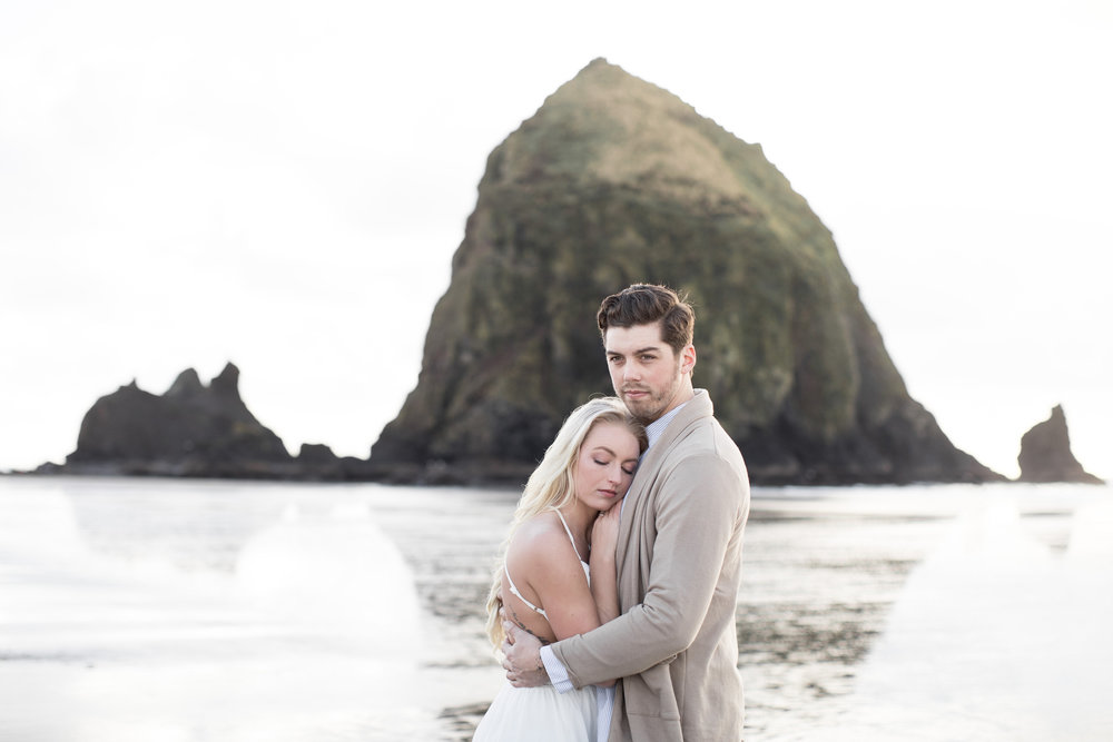 CANNONBEACHENGAGEMENTS (9 of 58).jpg