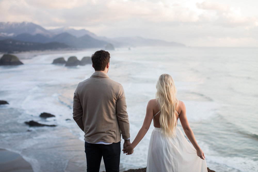 CANNONBEACHENGAGEMENTS (51 of 58).jpg