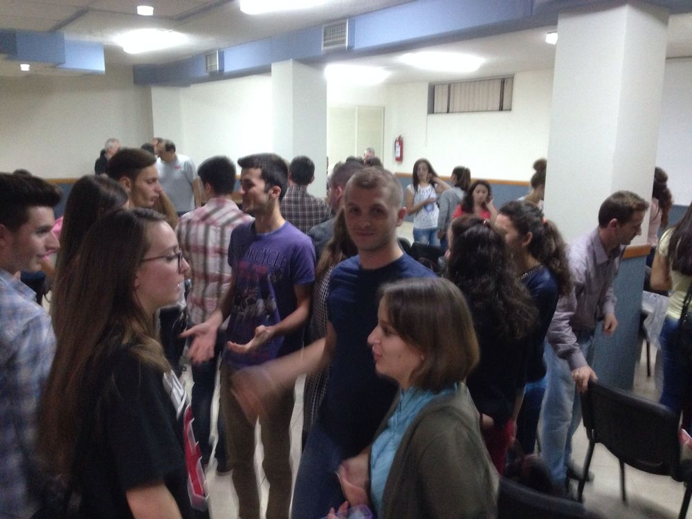 Evening meeting with university students returning to Jete Studentore Tirana