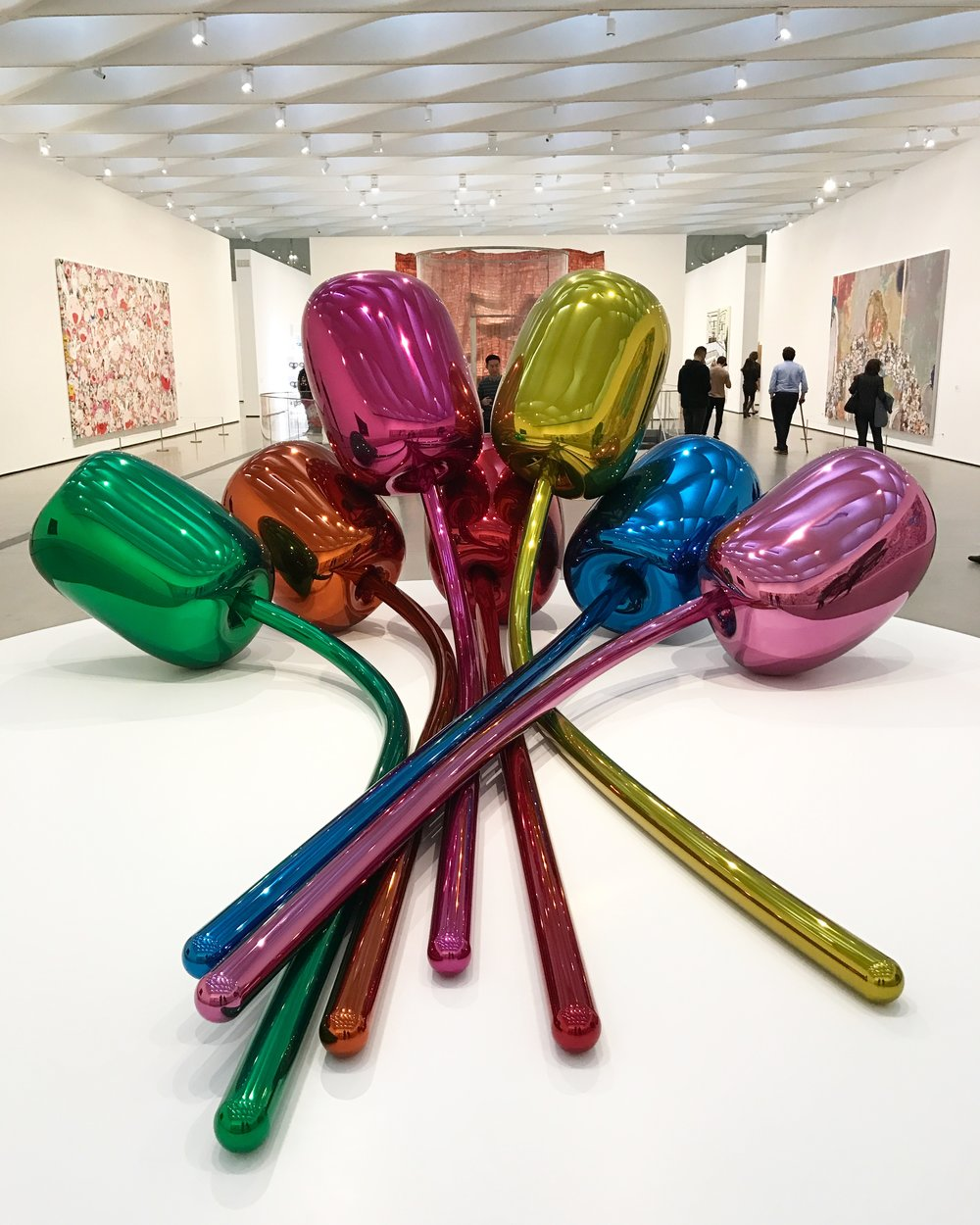 Tulips by Jeff Koons.