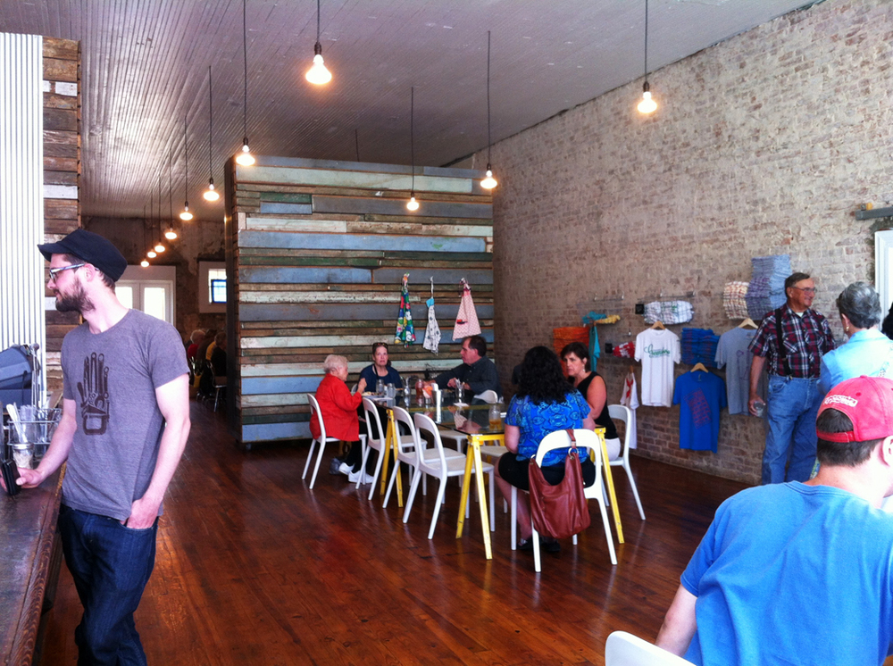 Busy lunch at the PieLab.