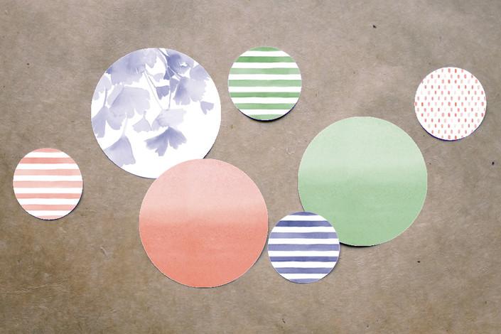 4_table confetti 2.jpg