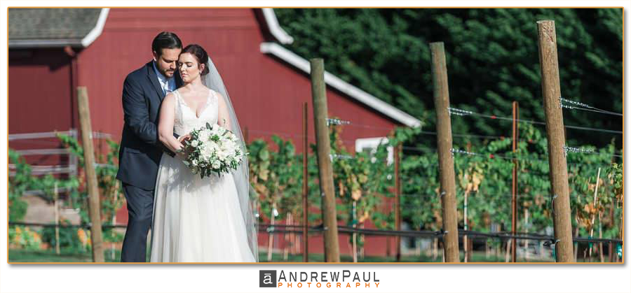 Oregon-Winery-Wedding.png