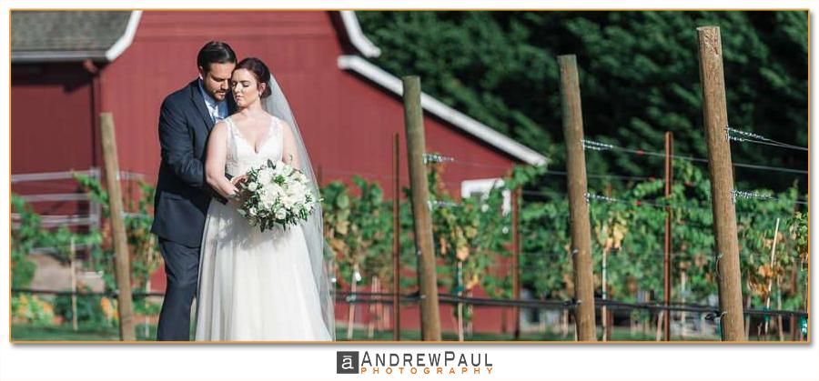 Oregon-Winery-Wedding.png