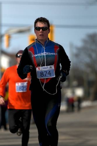 ymcahalfmarathonracers201210.jpg