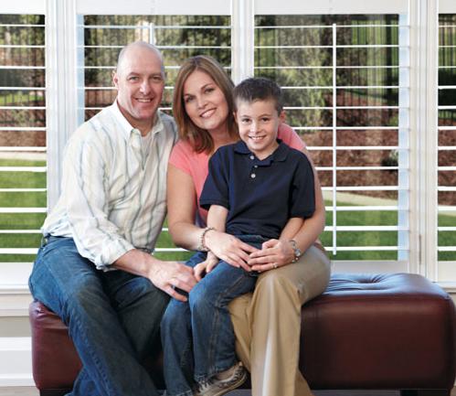 Happy family using the  peaksaver  PLUS program