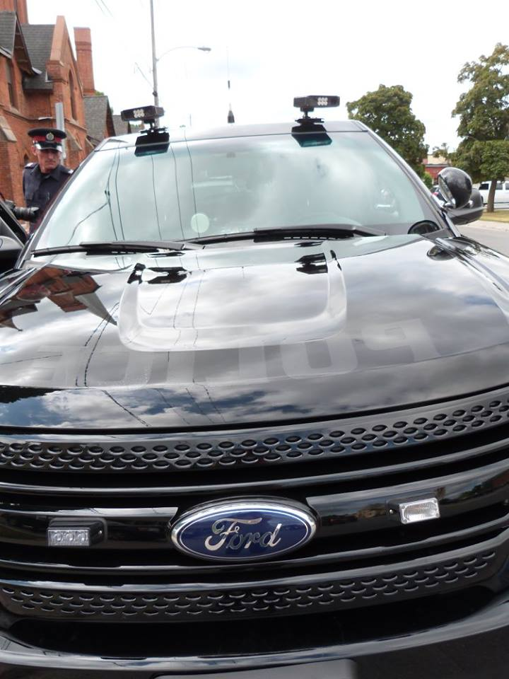 Three cameras installed on traffic SUV's roof