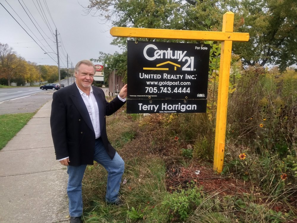 Terry is the longest selling veteran on the Century 21 team in Peterborough.