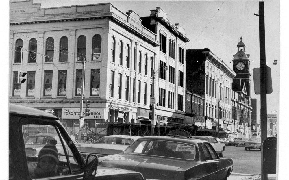 14 Market Hall losing Bradburn, Neill Shoe, and Bradburn Opera Building, 1974.jpg