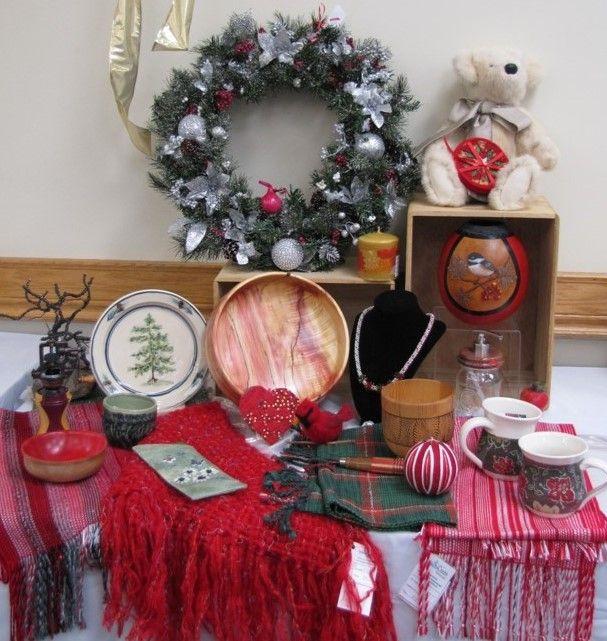trim wreath sharrons.jpg