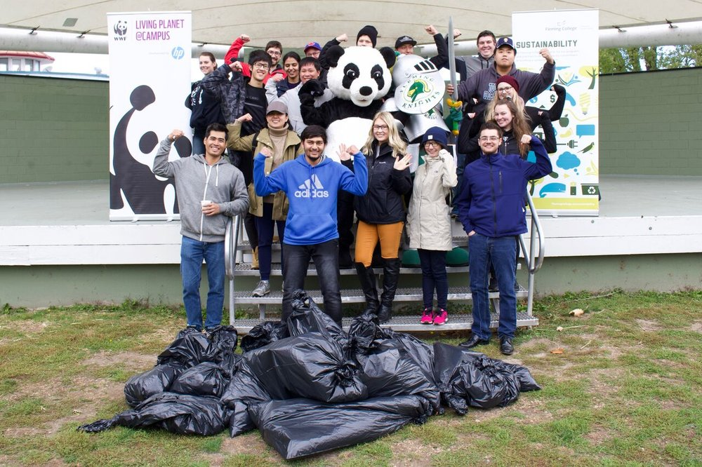 18-10-26-Shoreline-Cleanup-1.jpeg