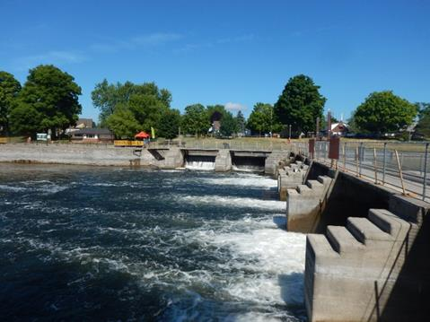 Photo of Lock 19 courtesy Parks Canada