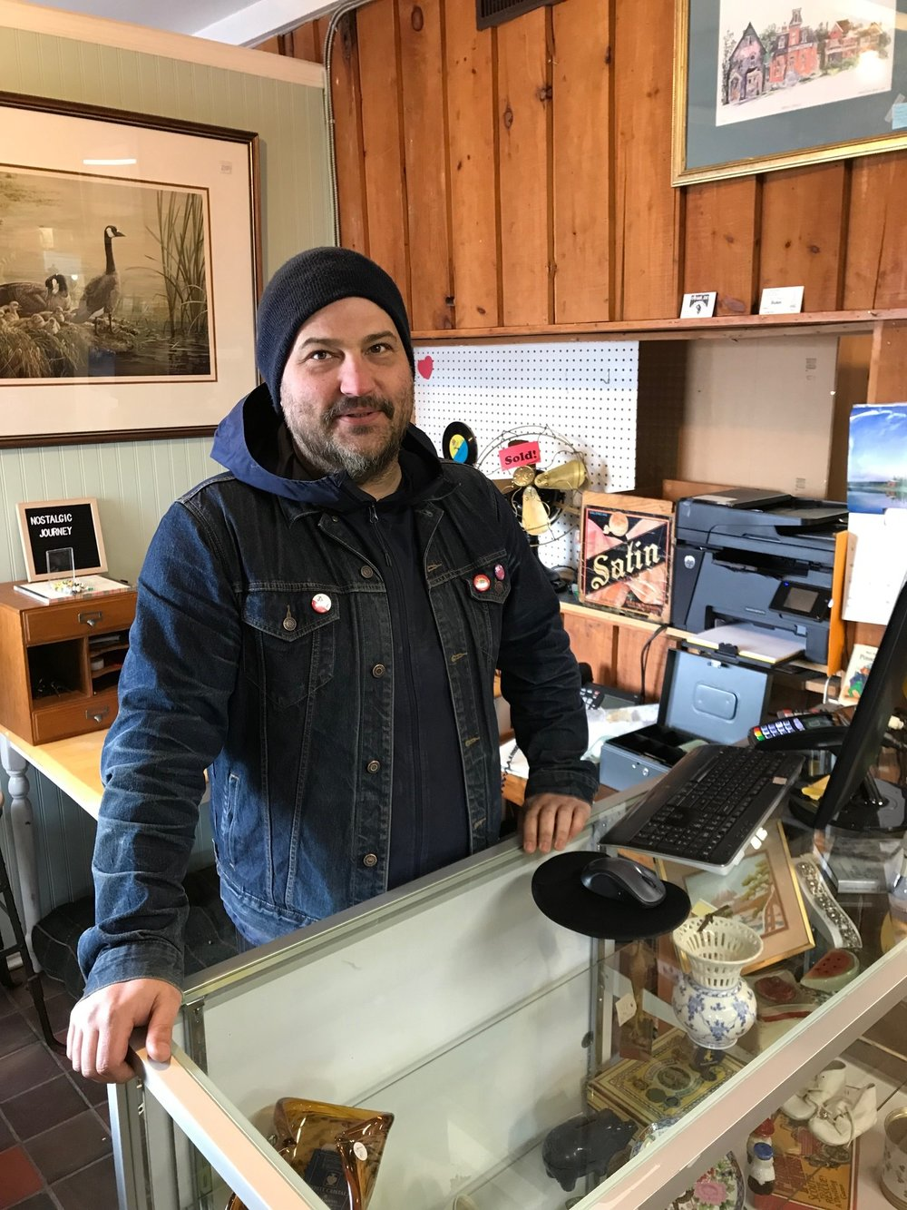 Jonathan Hall at Nostalgic Journey, Saturday, March 16th, 2019 (photo by Neil Morton)