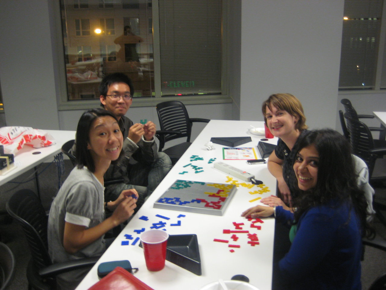 socialID sponsored Games Night with some Thai food and board games tonight. After a long meeting in Systems, it was good to take my mind off school work for a few hours. There was a game of Bloktus, speed Scrabble and even Mah Jong going on! Check out the pictures.