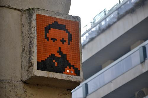 stencils :     Space Invaders (PA_665) Paris: Quartier Trocadéro / Boissière  (by  Ausmoz )