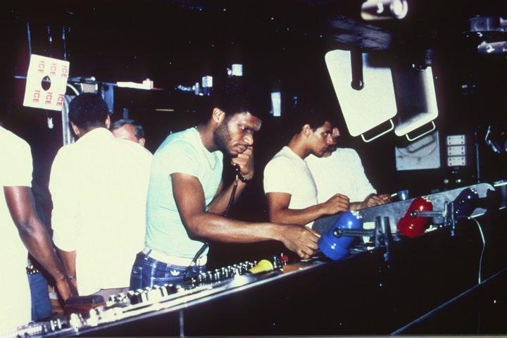 newbodymusic :     Larry Levan working his magic at the Paradise Garage.     legend.