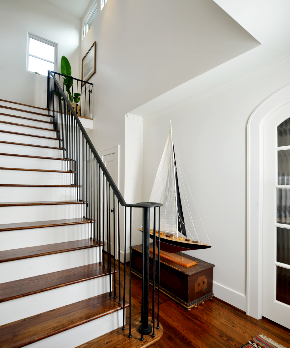 ALBERS CHANG_1807 KIPLING_HOUSTON LIFESTYLES_STAIR 2.jpg