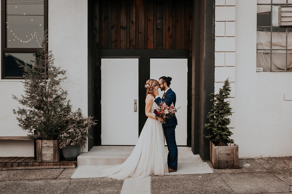 Union Pine wedding flowers with jewel tones