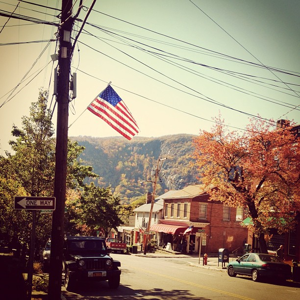 #america #smalltown #autumn #fall #newyork  (at The Village of Cold Spring)
