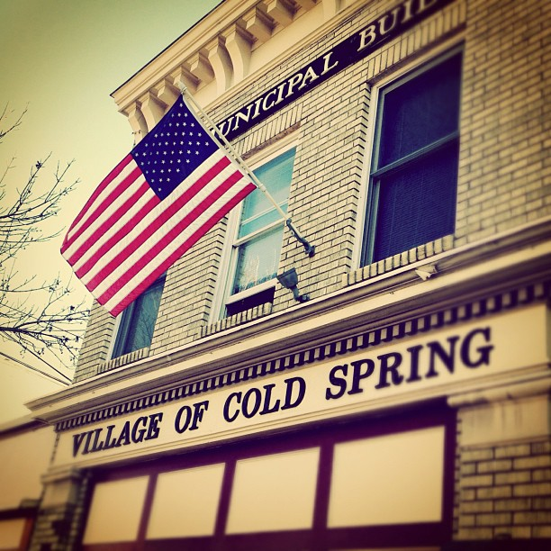#smalltown #autumn #fall #photooftheday #america #fall #autumn #americanflag #newyork  (at The Village of Cold Spring)
