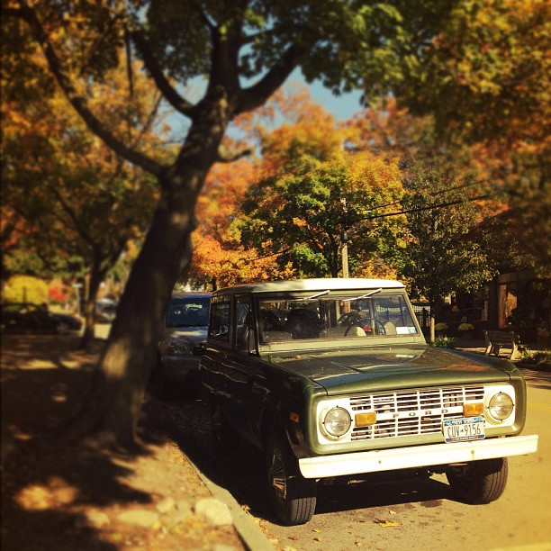 #fordbronco #vintage #classic #fall #autumn #newyork (at The Village of Cold Spring)