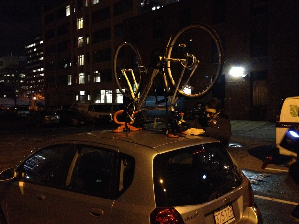 The early prototype suction clamp mounting a bike to the roof of a car