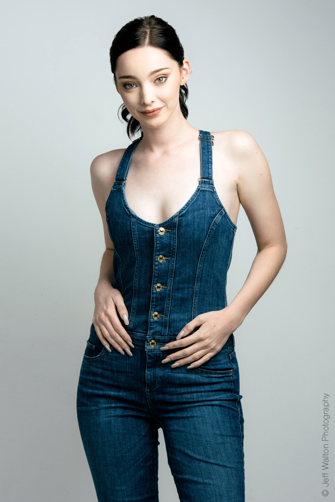 Emma Dumont in studio with Jeff Walton Photography
