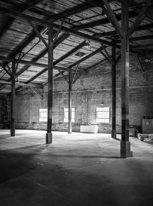 warehouse_large.jpg