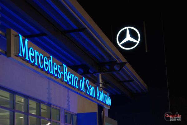 MercedesBenzofSanAntonio20.jpg