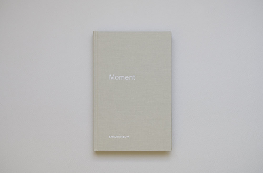 moment_book1