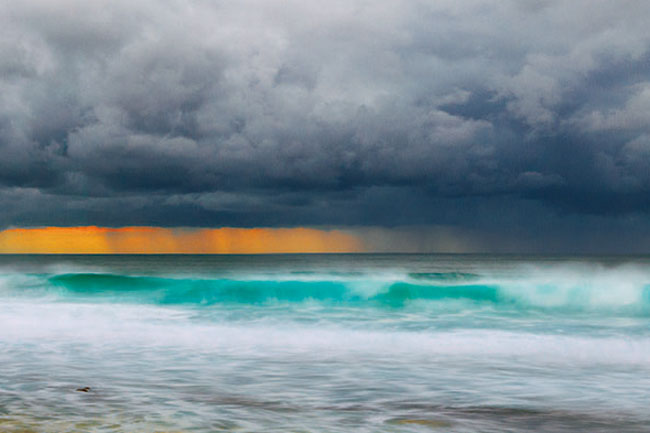 Storm rolling across the sea in Albany, WA