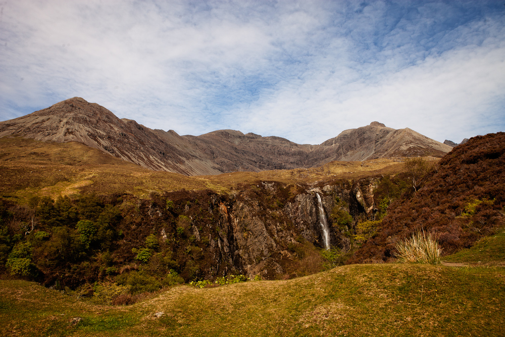 Coire na Banadich and Eas Mor waterfall