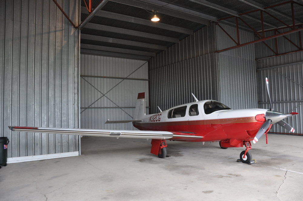 plane N32CG.JPG