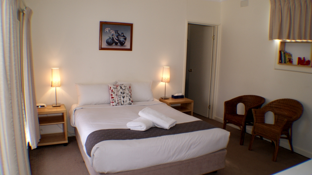 Room 7 .JPG