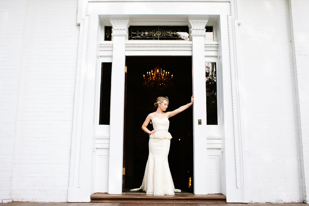 Lauryn & Derek, October 2014. Bridal Portraits by the fabulous Morgan Trinker. If I can have just an ounce of Lauryn's style, I will be set for life! Can't handle her fierceness!!