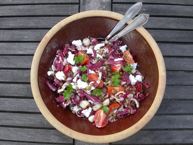 Salat med linser og gedeost