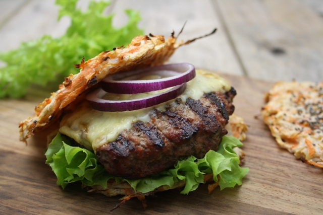 Lowcarb cheeseburger