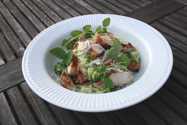 Salat med kylling og kål