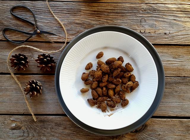 Choko-lakrids mandler - sund julesnack