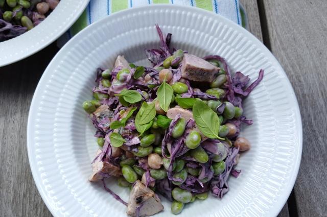 Salat med kylling og edamame bønner