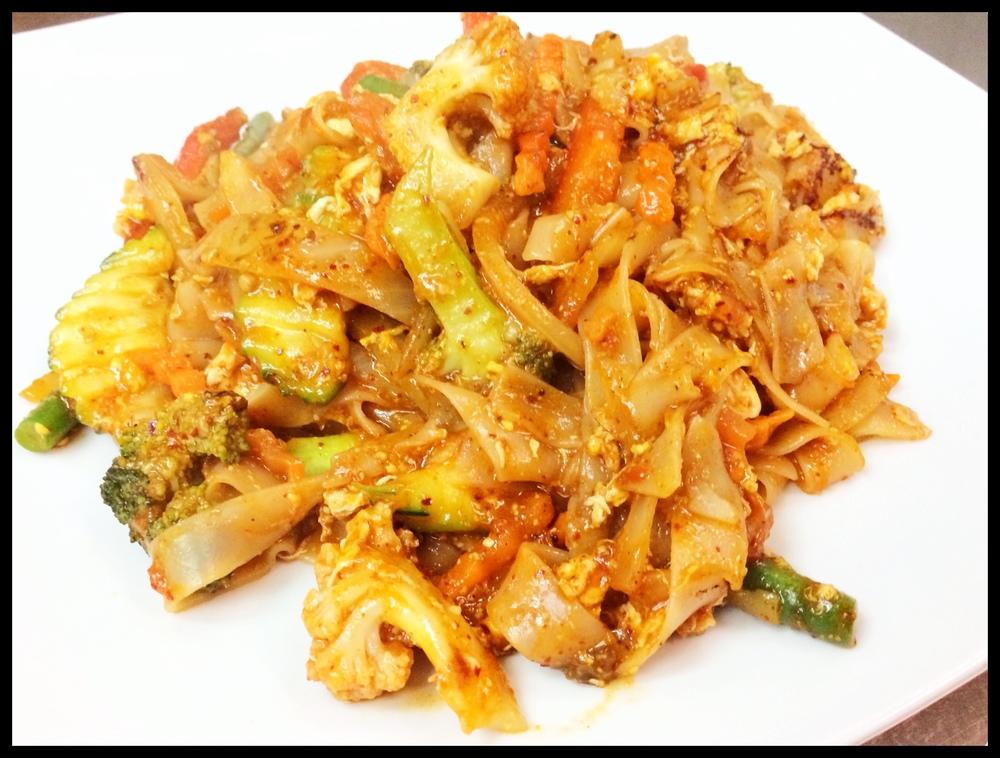 Spicy Basil Noodle Veggies