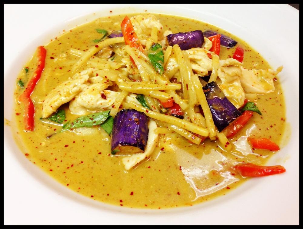 Green Curry Chicken