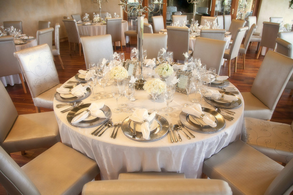 wedding-table-setting.jpg