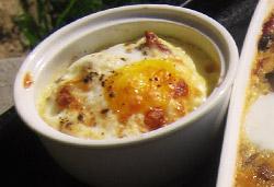 Baked Egg - Oeufs en Cocotte Photo : Jackie Cameron