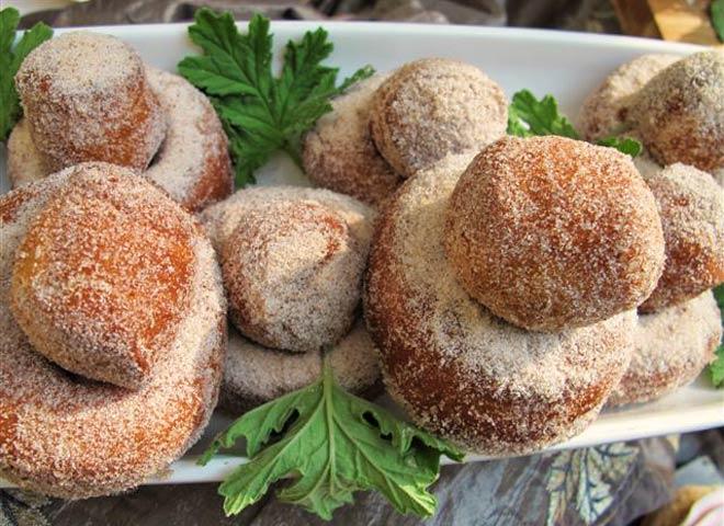 Doughnuts Photo : Jackie Cameron