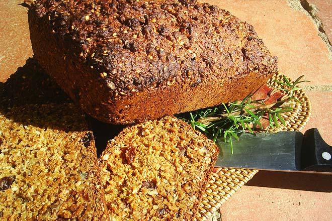 Hartford's Health Bread Photo : Jackie Cameron
