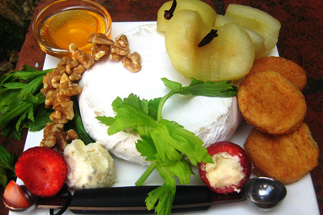 White Wine Poached Apple with Camembert Photo : Jackie Cameron