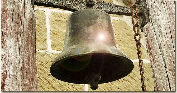 Church Bell / Neil Gould (p)