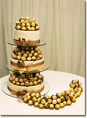 Chocolate Truffle Cake /Jackie Cameron (p)