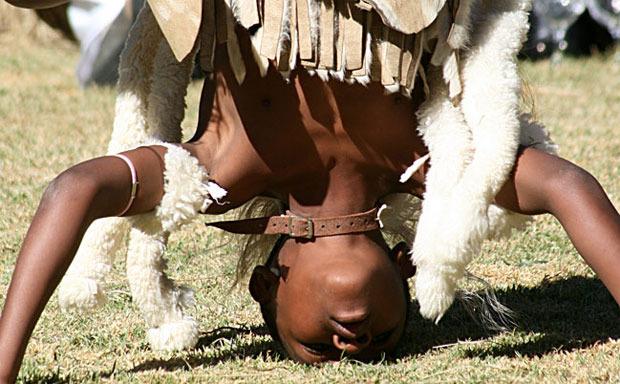 zulu-dancers-10.jpg